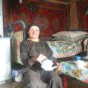 Женщина с ведром. Как доярка из горного Дагестана одна справляется с фермой