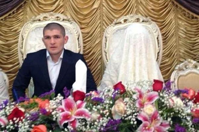 фото хабиб нурмагомедов и его жена