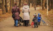 В Петербурге запустили флешмоб в поддержку матерей #зачемрожала